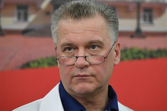 Профессор, почетный доктор Пироговского Центра, заслуженный врач РФ Олег Карпов.