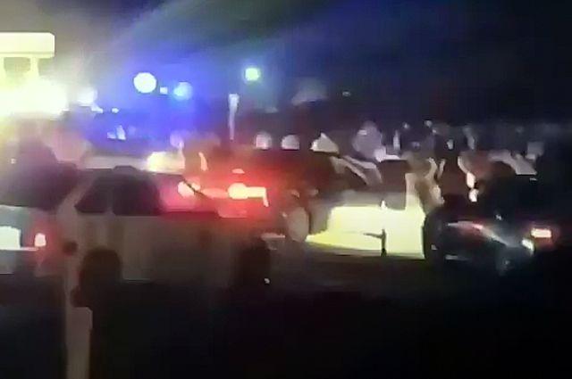 В Глазго застрелили мужчину, напавшего на людей с ножом