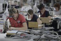 Свою продукцию они реализуют в торговых сетях и на площадках Интернета.