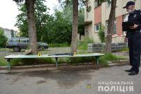 Во Львовской области мужчина стрелял из автомата посреди улицы: детали