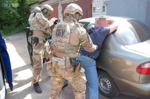 В Черниговской области бывший военный хотел продать 70 гранат криминалитету