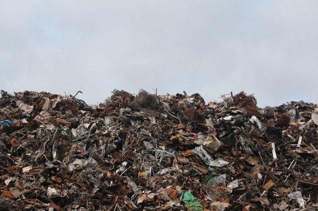 На складе временного хранения скопилось более 40 000 тонн отходов.