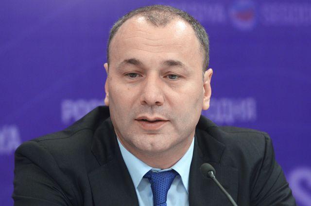 Анзор Музаев.