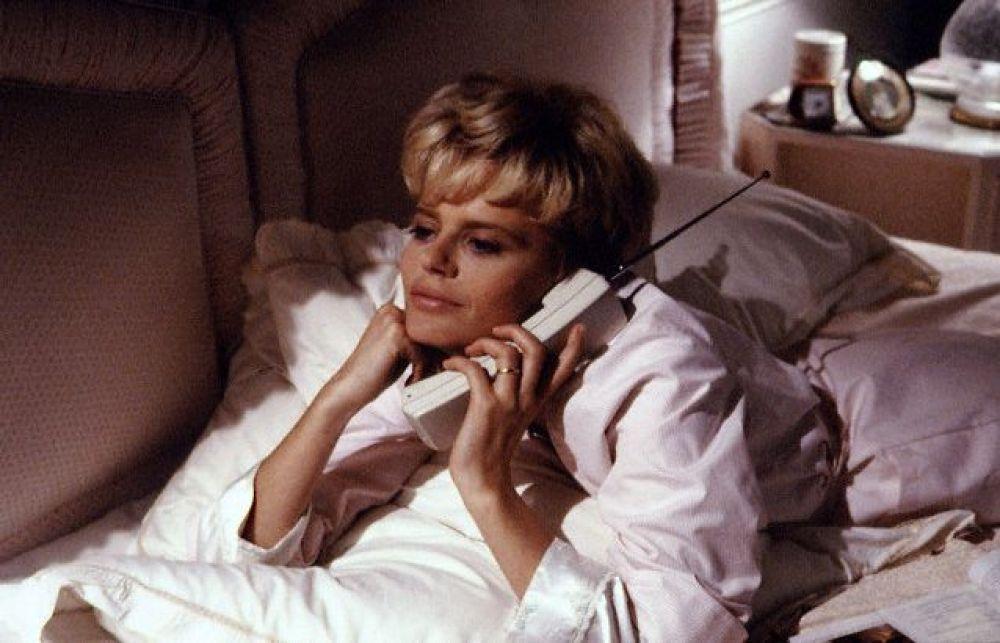 «Диана: Ее подлинная история» (1993) — Серена Скотт-Томас.
