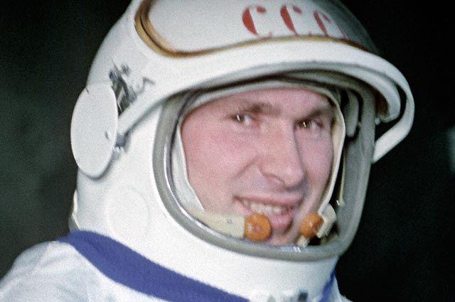 Павел Беляев.