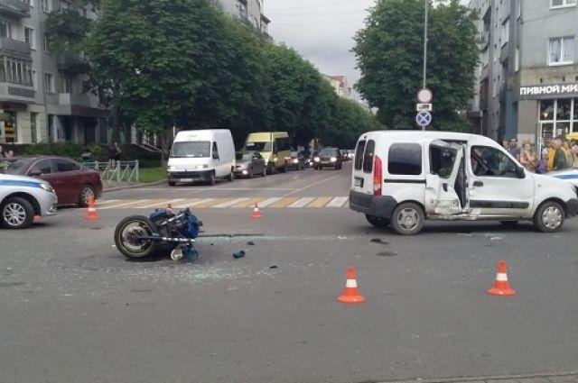 В Калининграде погибла пассажирка мотоцикла