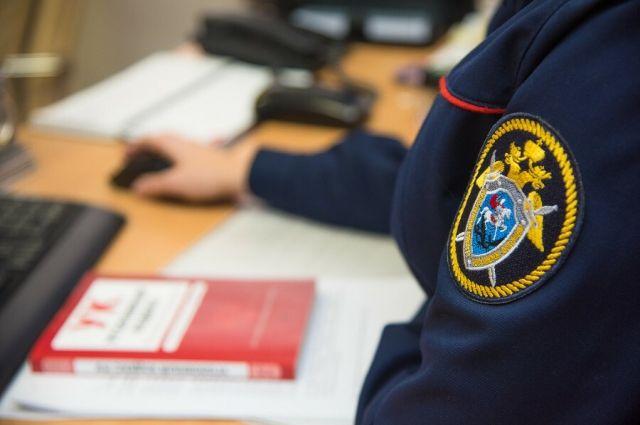 СКР устанавливает причину смерти 60-летнего тюменца на улице Пермякова