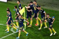 Игроки «Ростова» радуются единственному забитому мячу вматче с ФК«Сочи».