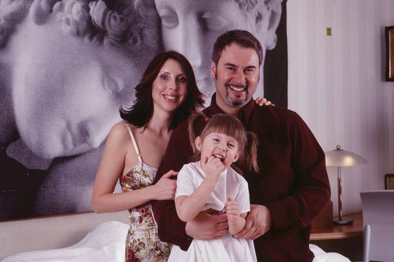 Певец Валерий Меладзе с женой Ириной и дочерью Софией. 2008 год.