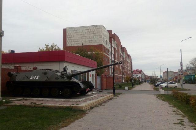 Экскурсоводы расскажут о военных памятниках Ишима и вкладе города в Победу