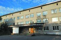 Жителям Всеволодо-Вильвы пришлось ездить на приём к узким специалистам, на УЗИ на такси за 250 руб.