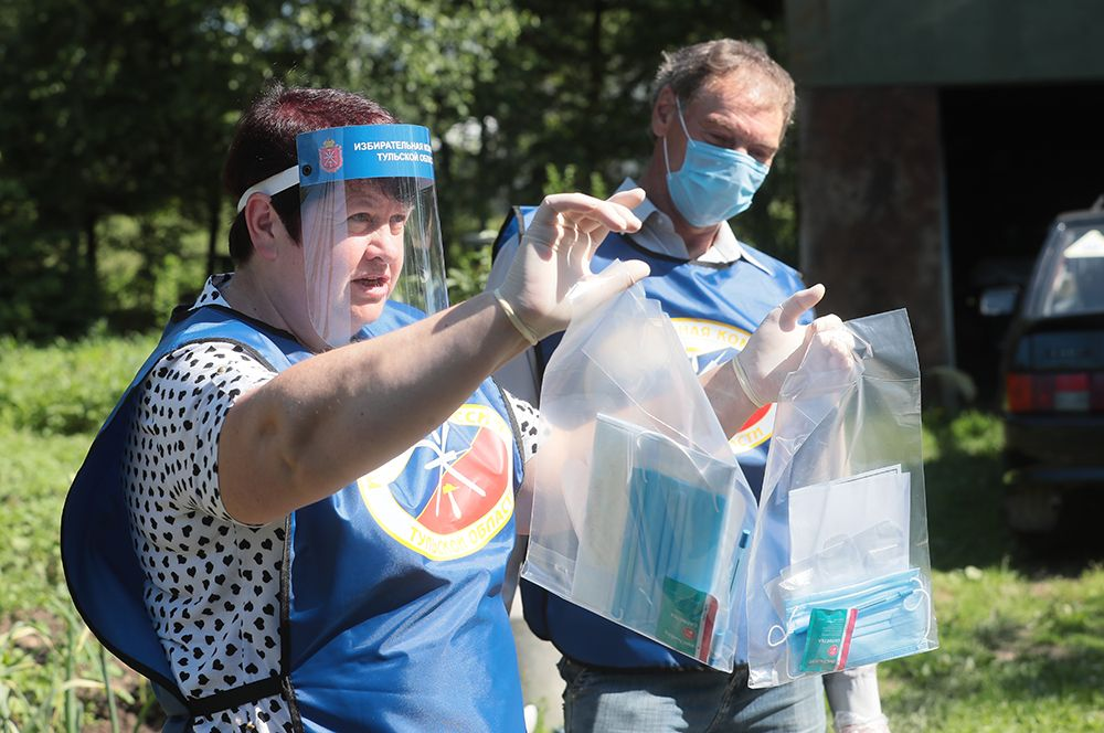 Проведение надомного голосования в селе Шульгино Тульской области.