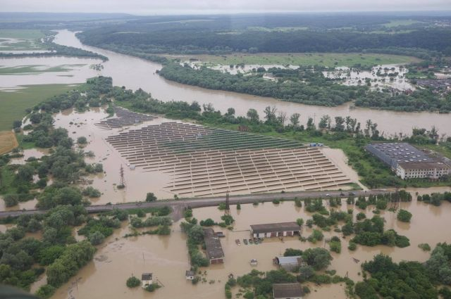 Паводки и затопления в Украине: каких бед натворила стихия