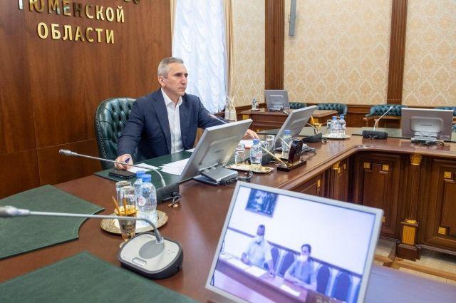 Губернатор Тюменской области принял участие в голосовании по поправкам