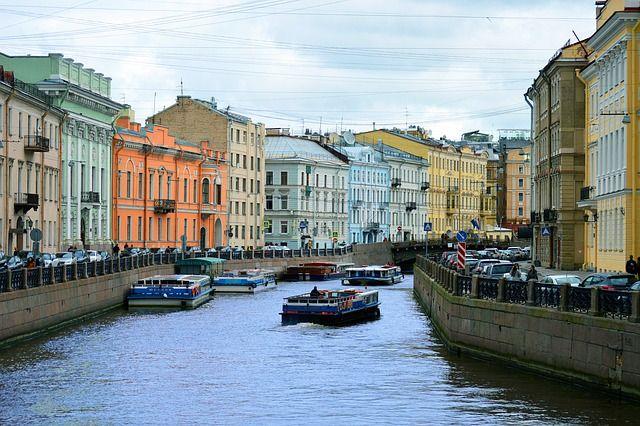 С 10 утра 28 июня в Петербурге открывается речная навигация – визитная карточка города.