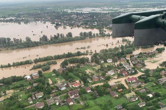 На Западной Украине из-за паводка пострадали 250 населенных пунктов