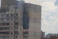 В Киеве загорелась многоэтажка неподалеку от дома, где произошел взрыв газа