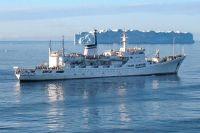 Океанографическое исследовательское судно «Адмирал Владимирский».