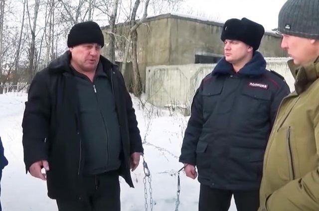Во время следственных действий Шувалов признался, что нападал на женщин либо рано утром перед работой, либо вечером, возвращаясь домой.