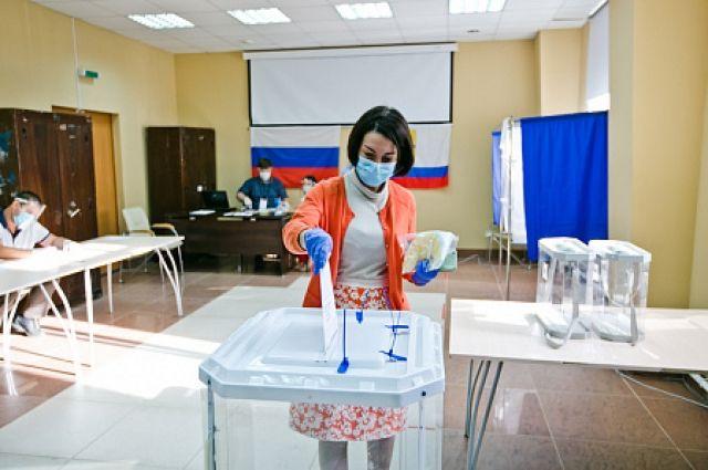 Первые лица Оренбуржья проверили безопасность избирательных участков.