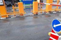 В Тюмени возобновили работу парковки на набережной и у драмтеатра