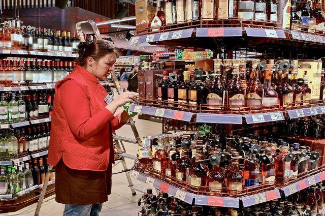 В Прикамье можно будет купить спиртное с 8.00 до 23.00, как и было до введения режима самоизоляции.