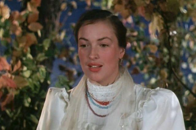 Клара Лучко в роли Даши Шелест. «Кубанские казаки» (1949).