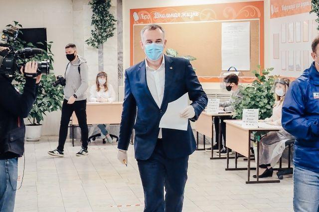 Руслан Кухарук принял участие в голосовании