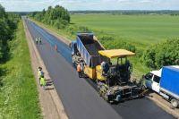 В области больше 10 тысяч километров дорог, существенного влияния на их состояние текущие ремонты оказать не могут.