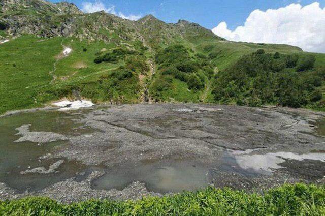 Эксперты считают, что озеро Малое восстановится естественным путем.