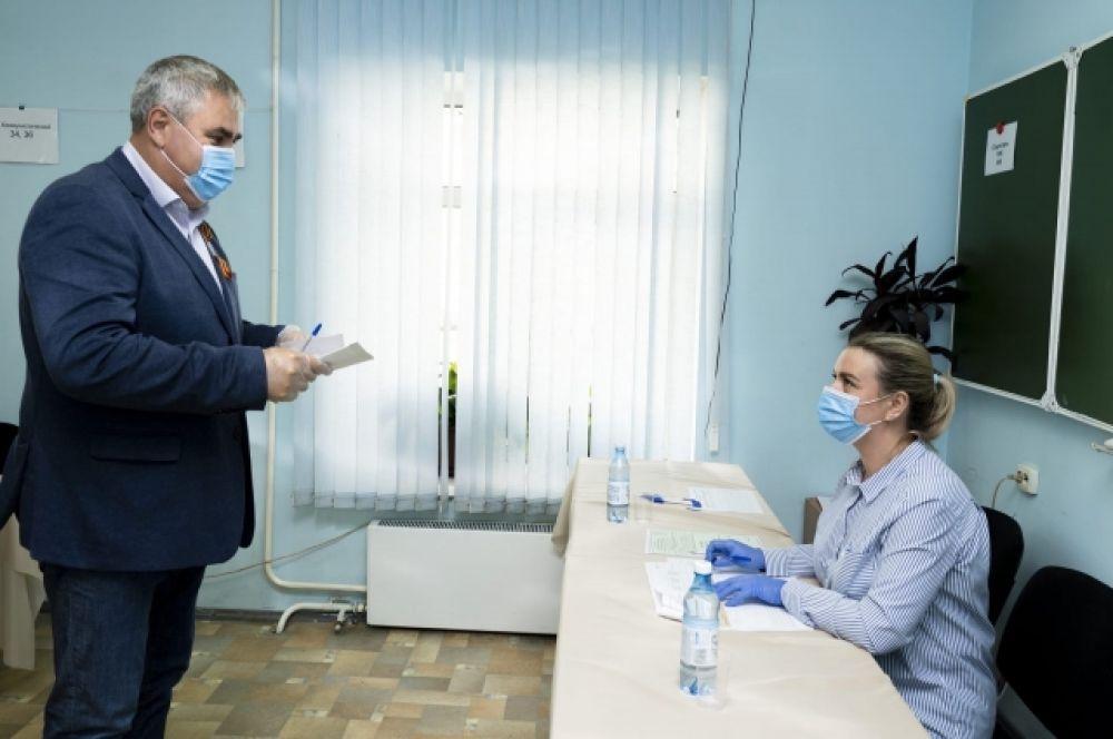 Голосование в Междуреченске, глава города Владимир Чернов