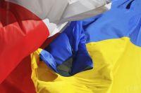 Украинцев, прибывающих в Польшу на самолете, освободили от самоизоляции