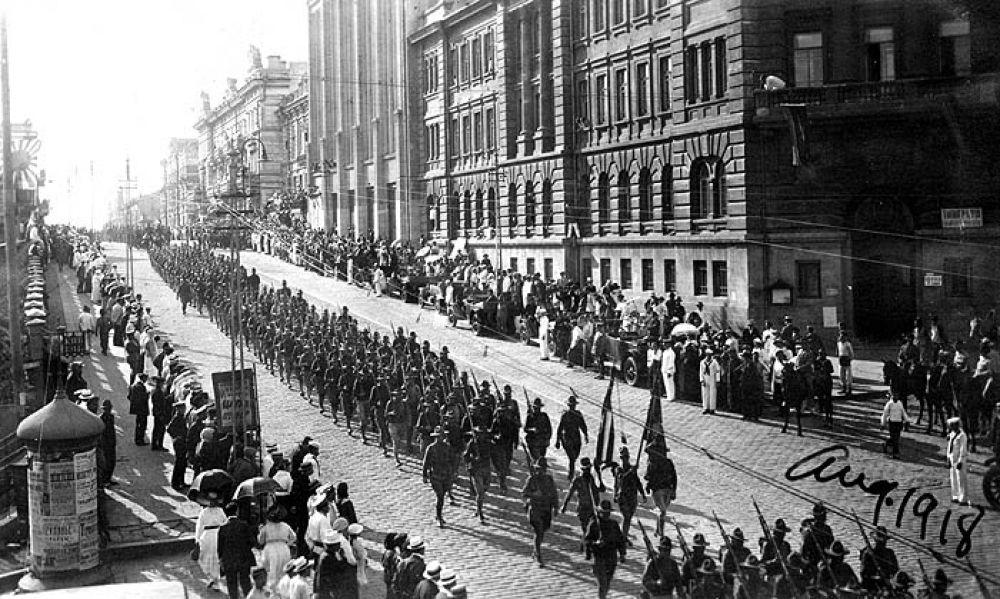 Американские войска во Владивостоке, 1918 год.