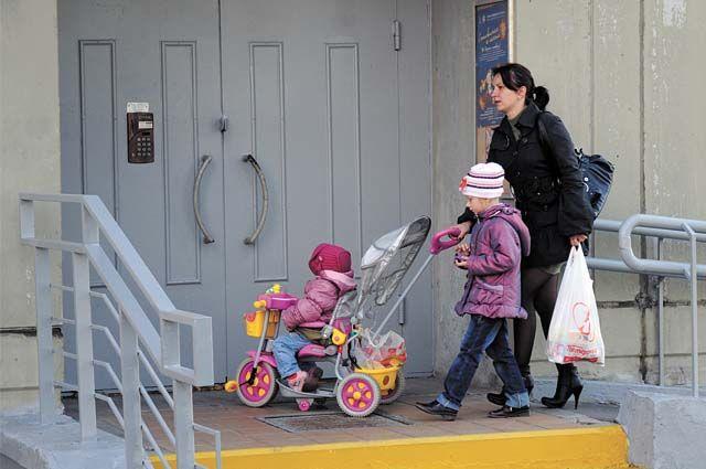 В нашей стране растёт средний возраст, когда женщины впервые становятся матерями.