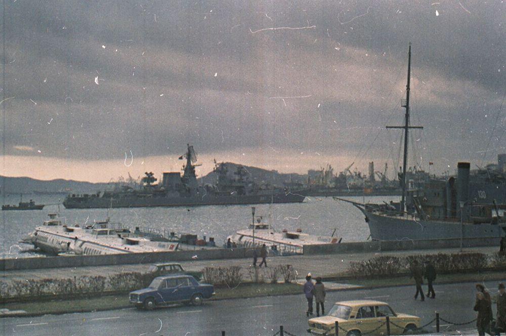 Владивосток в ноябре 1982 года.