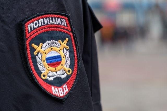 В Оренбуржье пассажир иномарки пойман на взятке полицейскому.
