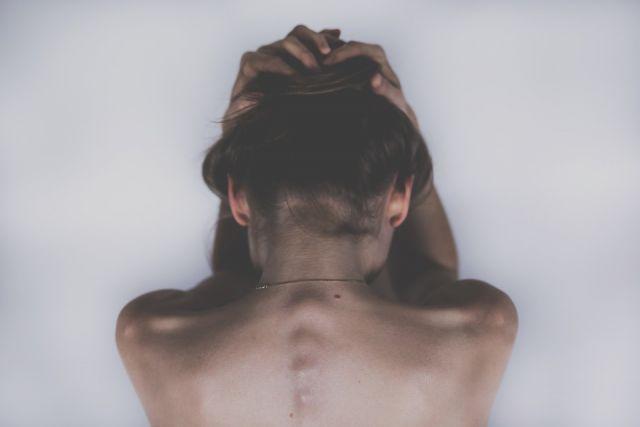 Причин возникновения болей в шее может быть множество.