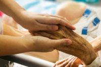 Коронавирус подтвердился у восьми пенсионеров.