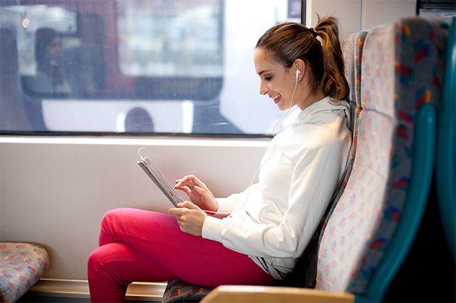 Работать можно даже втранспорте– если ссобой смартфон, планшет или ноутбук.