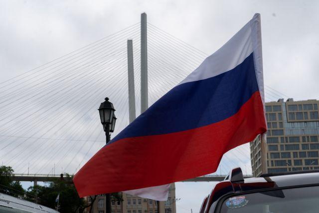 Флаги пронесли по знаковым местам.
