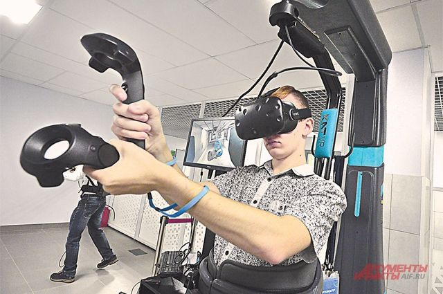 В детском технопарке Российского технологического университета IT-технологиям обучают школьников.