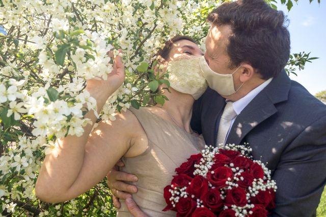 Оренбуржцы не любят жениться в мае.