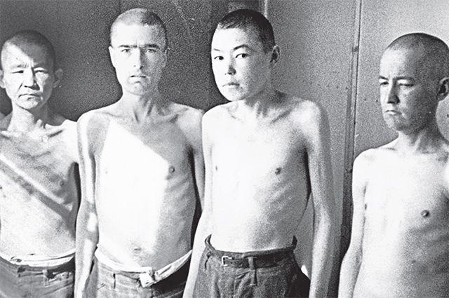Советские военнопленные в финском лагере Наараярви. Большинство погибли от голода в зиму 1941–1942 гг.