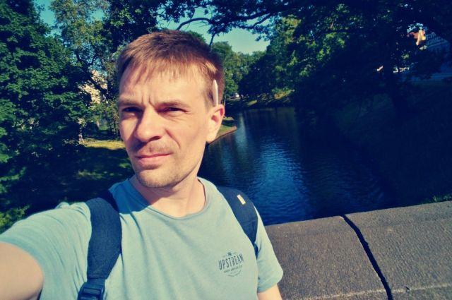 Михаил Данилович решил поддержать Ивана Сафронова и вышел на одиночный пикет.