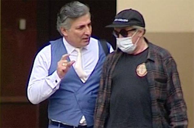 Адвокат Эльман Пашаев и актер Михаил Ефремов.