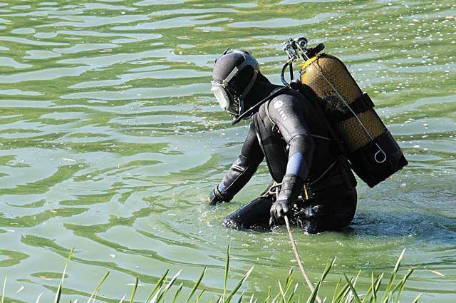 Водолазы в Башкирии нашли тело утонувшего 17-летнего парня