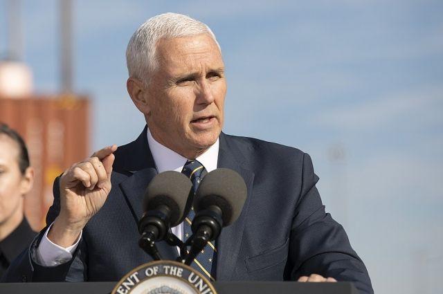 Вице-президент США напомнил врачам о необходимости экономить СИЗ