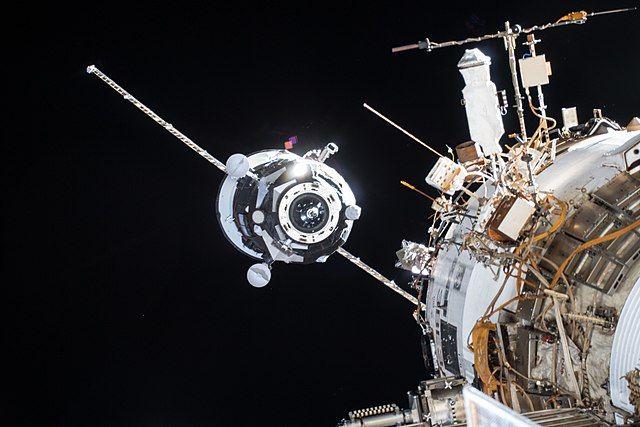 Космический грузовик «Прогресс МС-13» затоплен в Тихом океане
