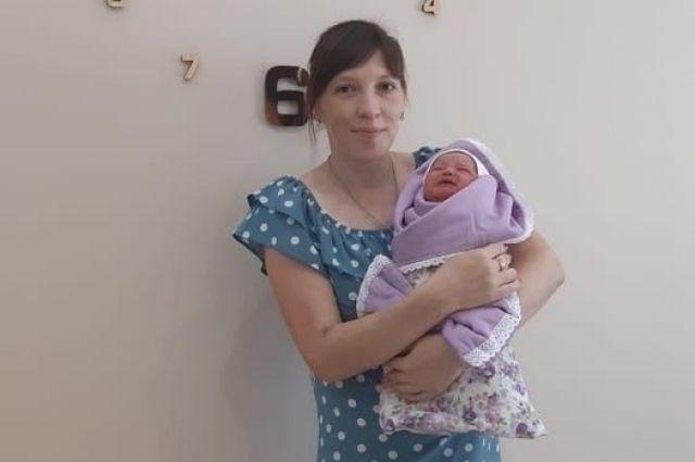 Оренбурженка родила  девятого ребенка.