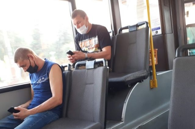 В Тюмени продолжаются проверки масочного режима в автобусах